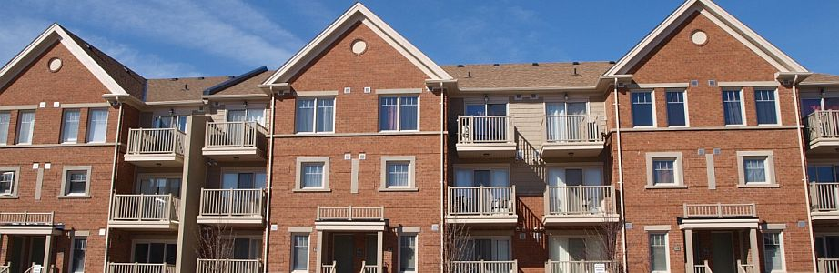 Search listings for freehold townhouses for sale in Mississauga