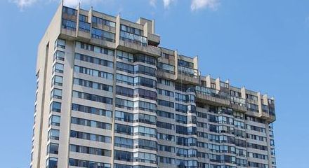 200 Robert Speck Pkwy | Sharegate Tower Condos for sale in Mississauga